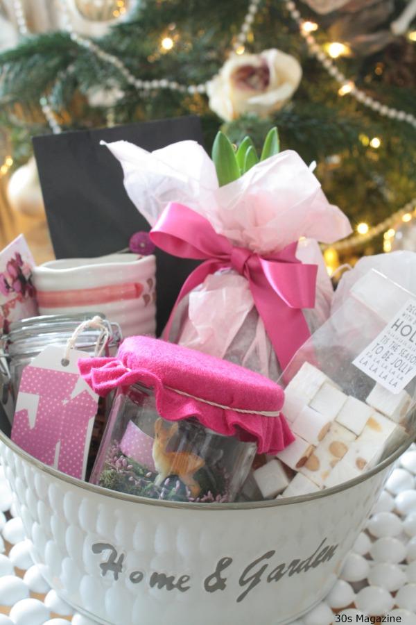 hostess gift basket Christmas