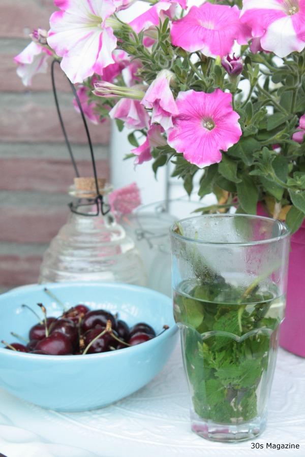 mint tea and cherries