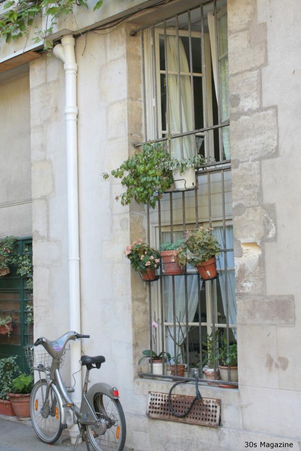 Parisian window sill