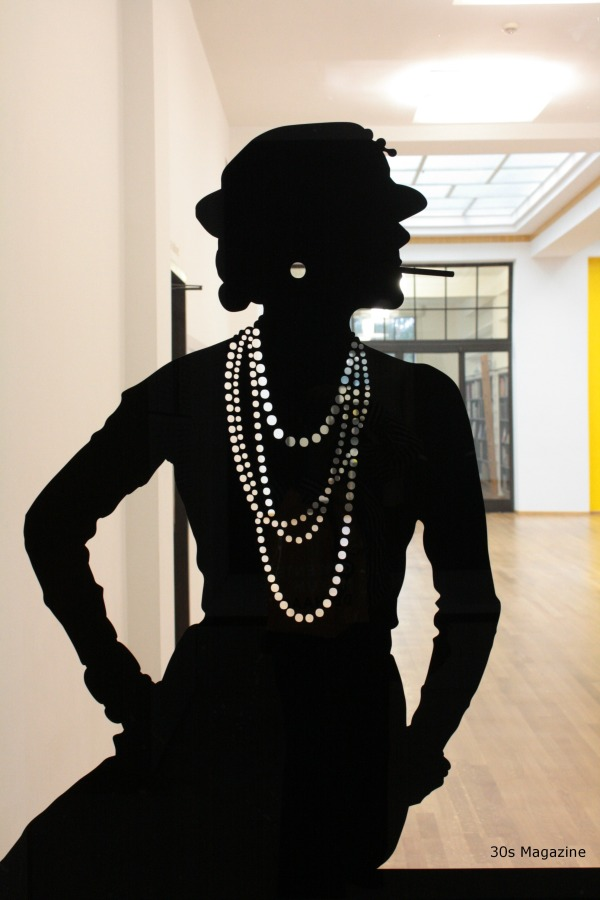 30s Magazine - Chanel silhouette