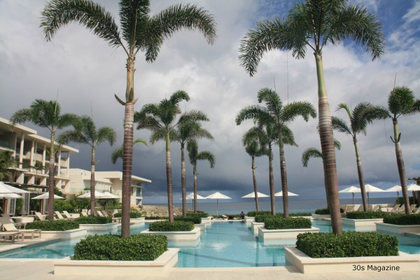 30s Magazine - Viceroy Anguilla pool