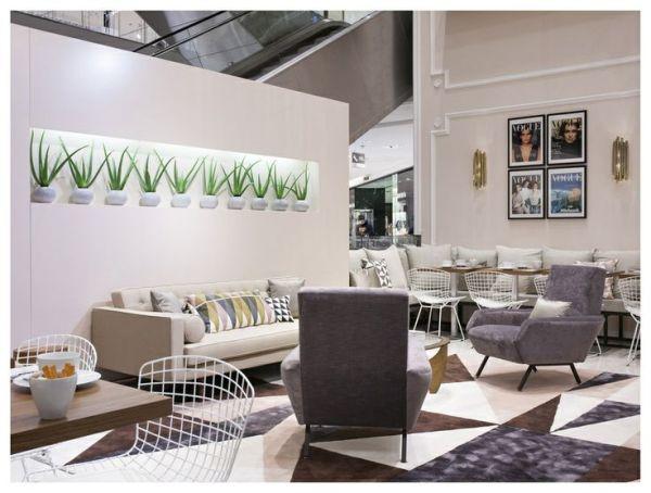 Vogue cafe 2
