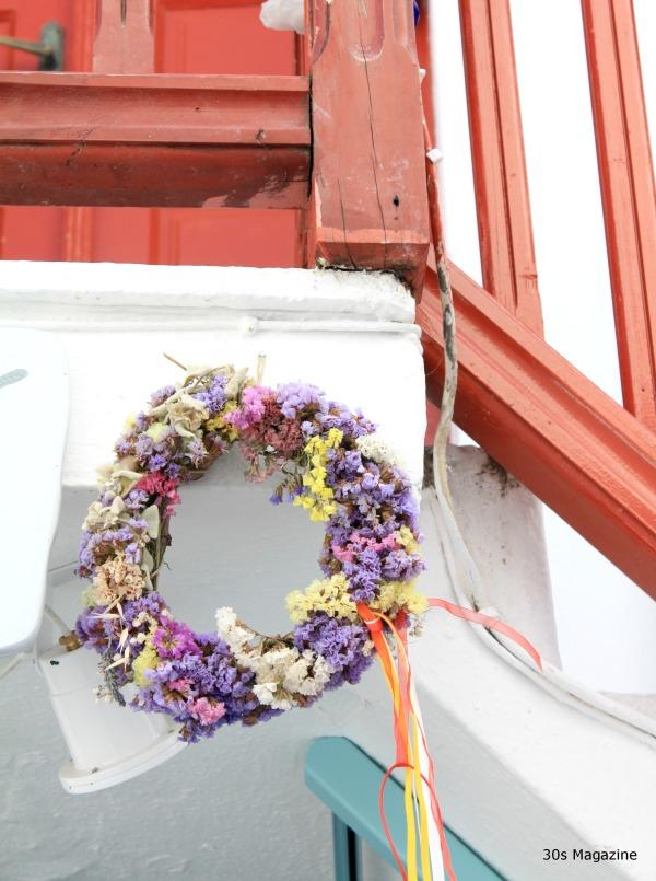 flower wreath mykonos