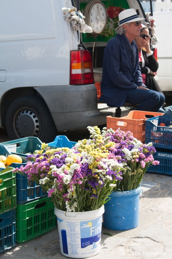 mykonos street vendour