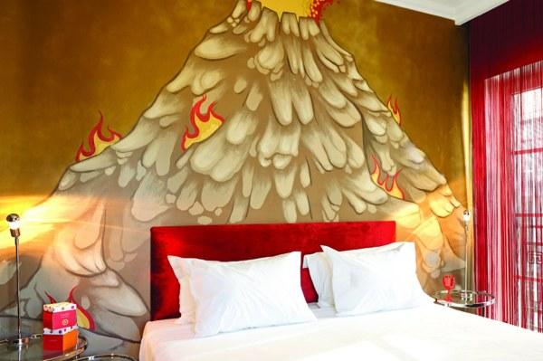 07.Graffiti-Guestroom-in-Athens-Pallas-Athena-Hotel-2
