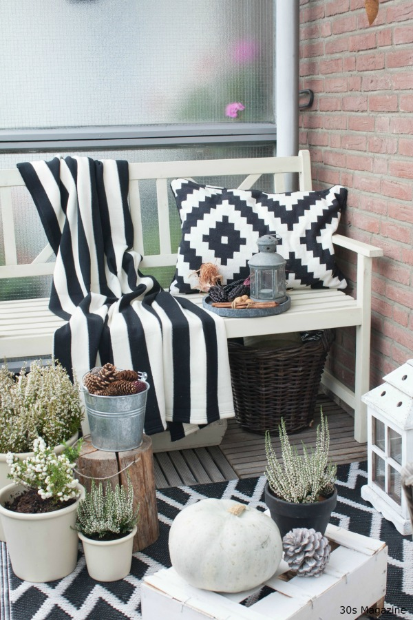 Perk up your balcony for fall 30s magazine for Fall balcony decorating ideas