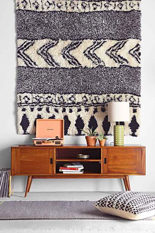 rug on the wall 3