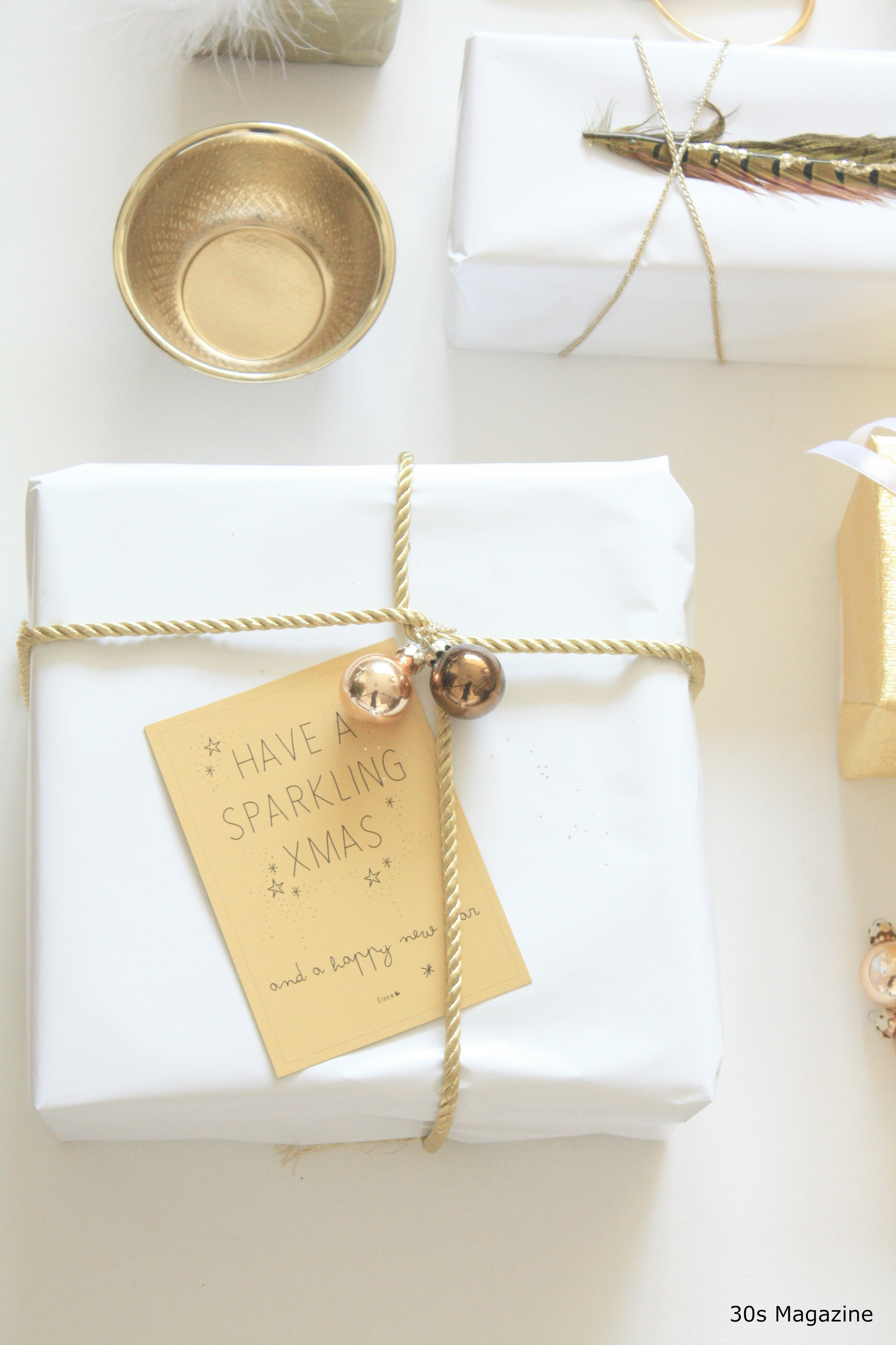 White And Gold Bedroom Chair: Gift Wrapping In White And Gold