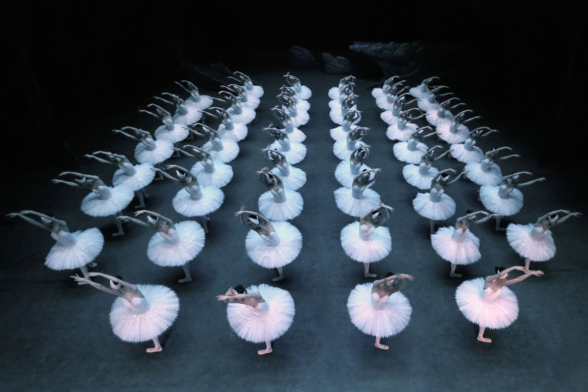 The largest Swan Lake of the world by the Shanghai Ballet