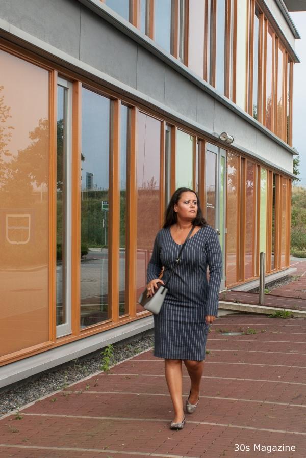 blue-office-dress-copyright-30s-magazine-4308