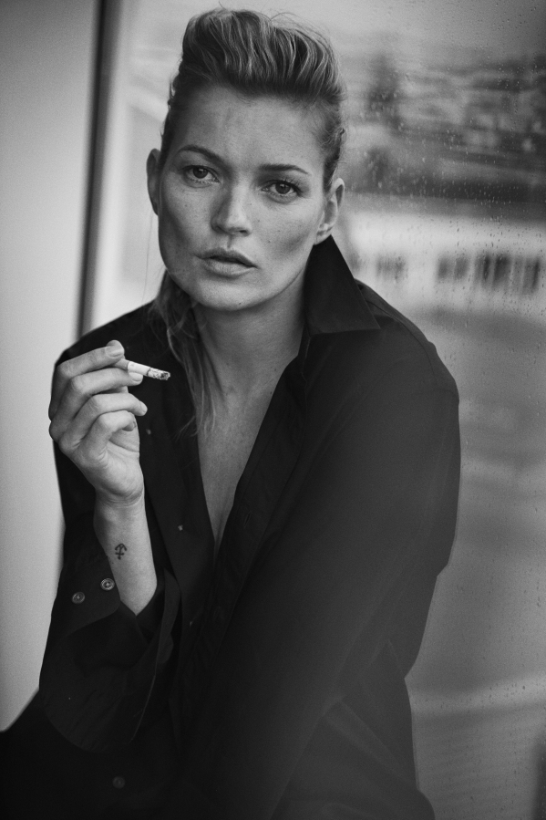 Kate Moss, Paris, 2015 Vogue Italia © Peter Lindbergh (Courtesy of Peter Lindbergh, Paris / Gagosian Gallery) Giorgio Armani, S/S 2015 LIND.