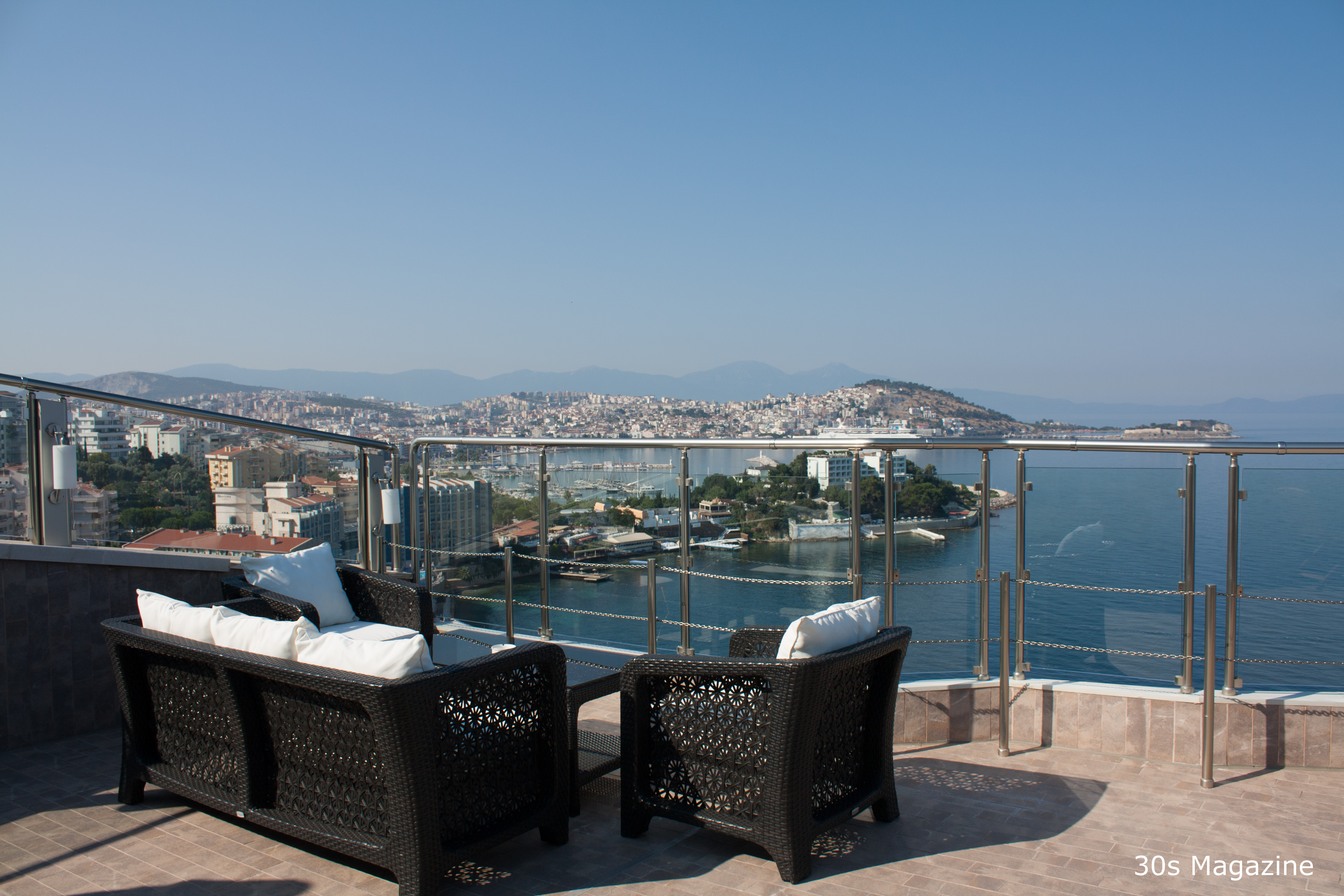 Where to stay in kusadasi the korumar hotel de luxe 30s for Hotel luxe design