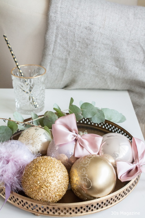 pink and gold christmas